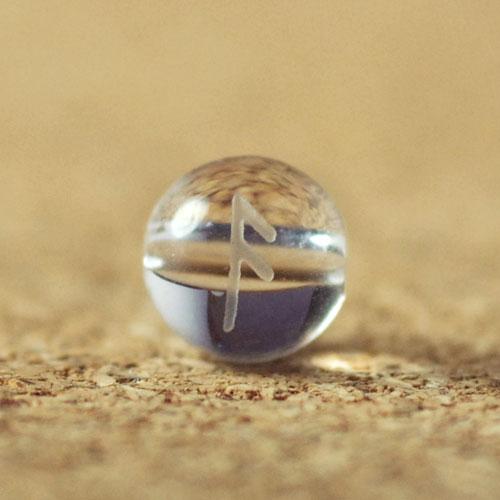 クォーツ(水晶) AAA ラウンド 6mm(ルーンAESCアッシュ彫り)-1