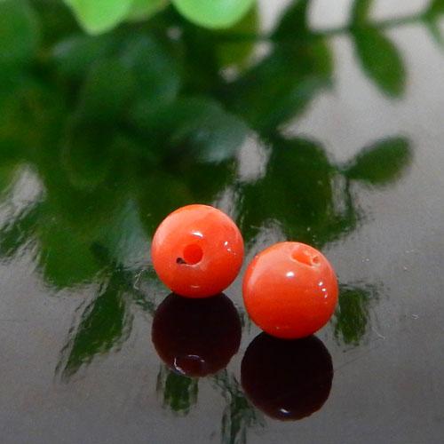 高知県産レッドコーラル(赤珊瑚) ラウンド 約4mm(片穴) 005-0