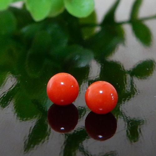 高知県産レッドコーラル(赤珊瑚) ラウンド 約4mm(片穴) 005