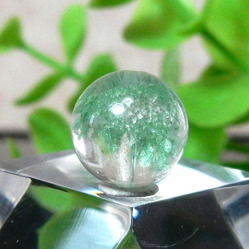 マダガスカル産グリーンガーデンファントムクォーツ AAA- ラウンド 約10.5mm 009-0