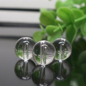 ヒマラヤ水晶(インド・クル産) AAA- ラウンド 約10mm
