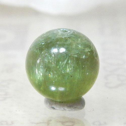 グリーンアパタイトキャッツアイ AAA- ラウンド 約9.5mm 004-0