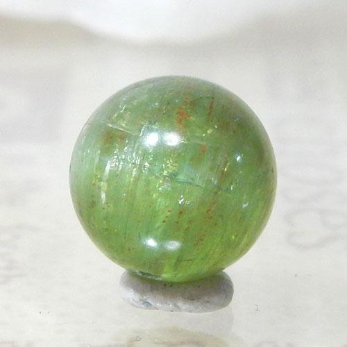 グリーンアパタイトキャッツアイ AAA- ラウンド 約9.5mm 007-0