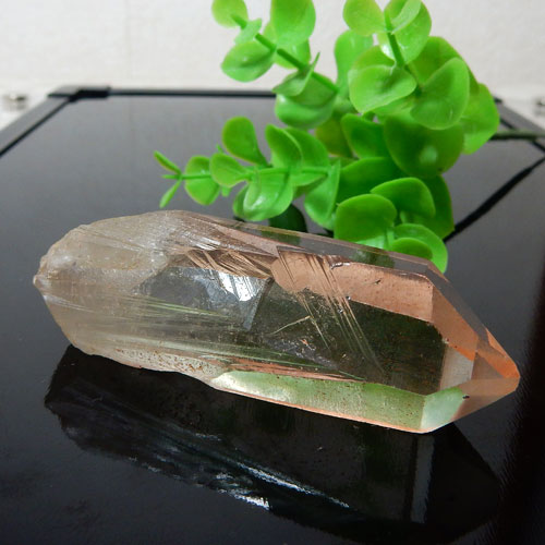 ヒマラヤ水晶 ポイント(穴なし) 016-3