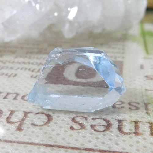 マダガスカル産セレスタイト AAA 結晶(穴なし) 007-0
